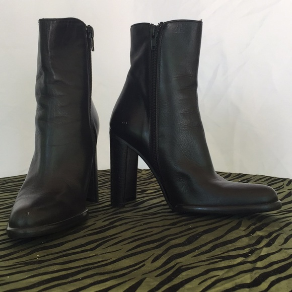 """Nordstrom black leather ankle boot with 4"""" heel"""